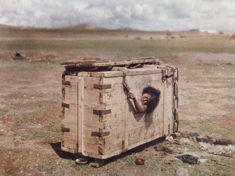 Шокирующие и бесчеловечные фотографии в истории