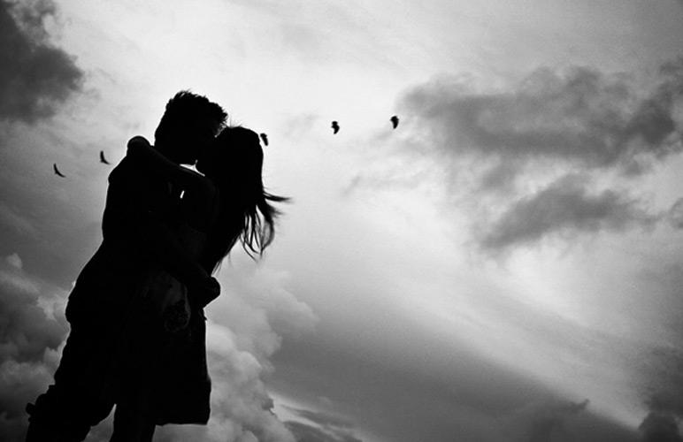 черно-белые романтические фото