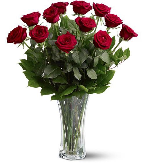 Цветы цветы в белой вазе название розы