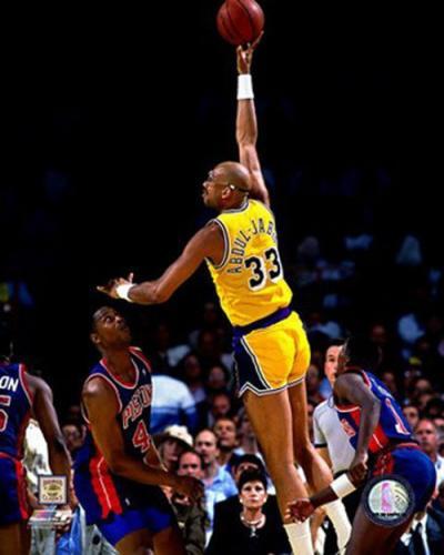Фотоальбом баскетболисты в прыжке