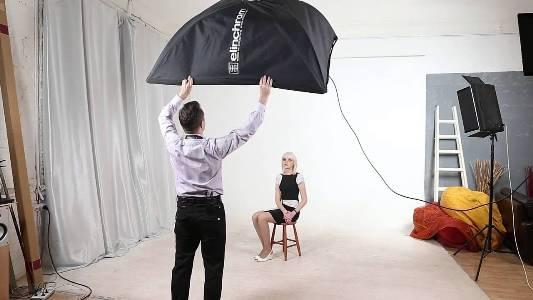 Как фотографировать в помещении? Правила и секреты