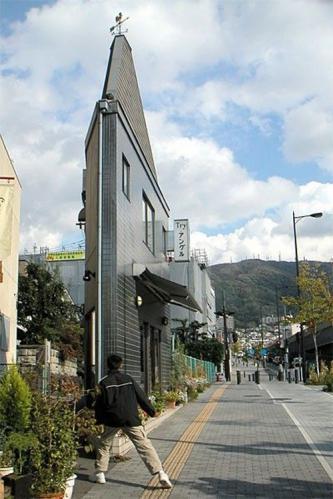 Фотоальбом узкие дома в японии