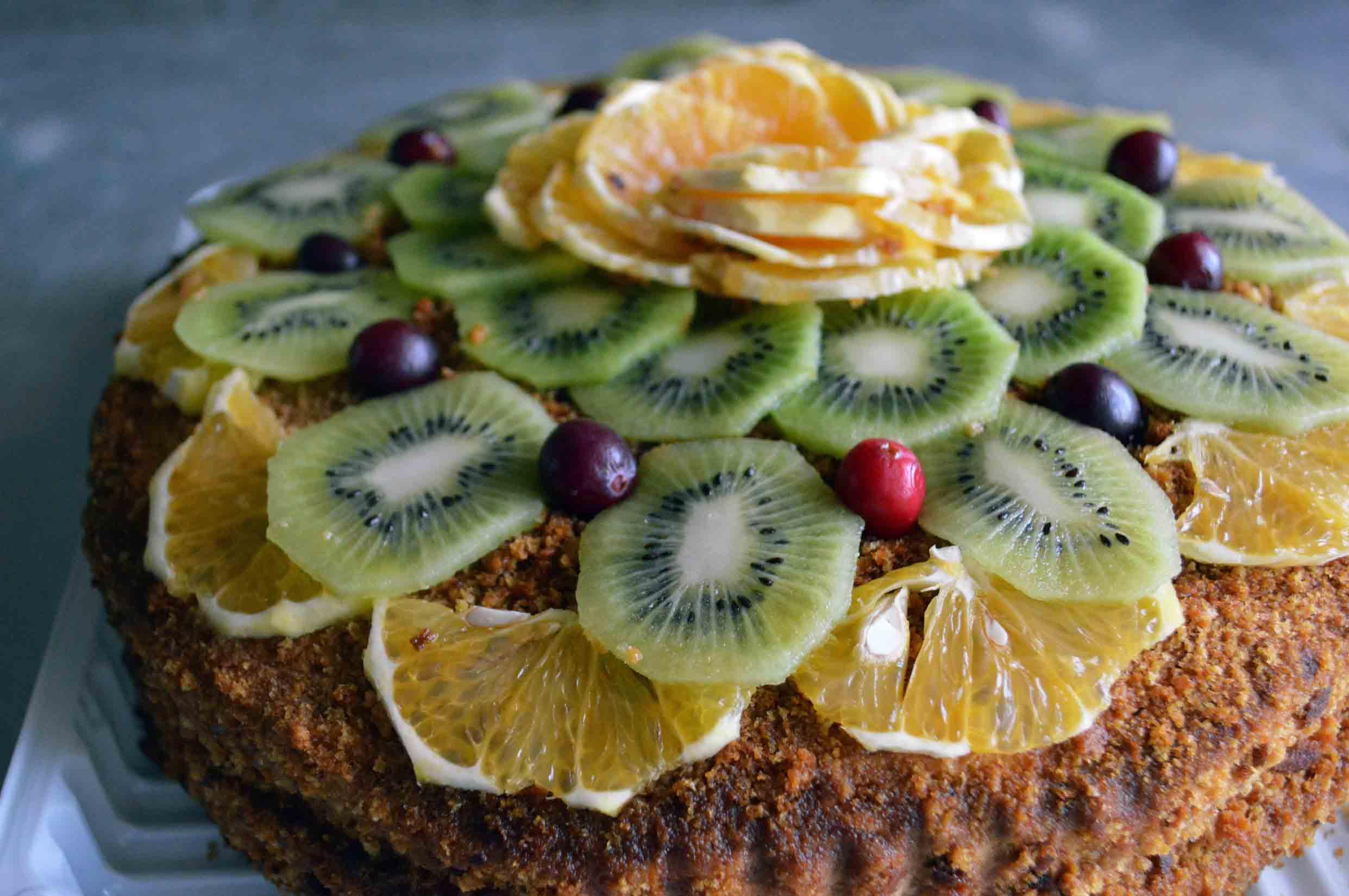 Украшения торта свежими фруктами фото