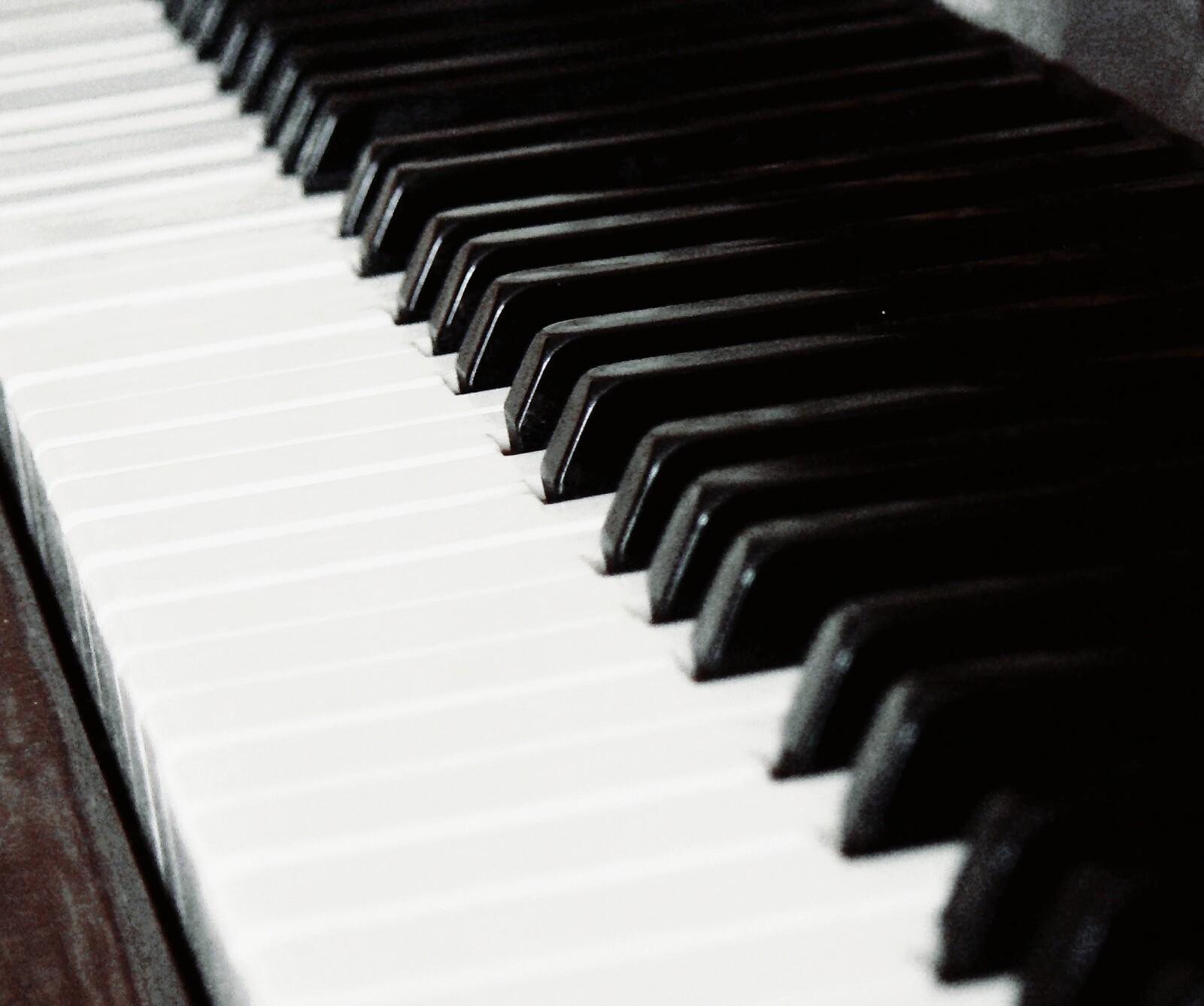 Членом по пианино 3 фотография